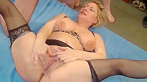 Amateur Moms Suck And Fuck Tons Of Cocks