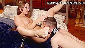 Paula brown facesitting...