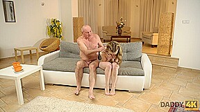 DADDY4K. Excellent old and young experience makes partners happy