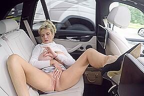 Public Masturbation On The A1 Ladysonia
