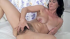 Kc The Uk Bush Milf Another Hot Solo