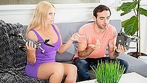 Christie Stevens & Jake Adams In Scoring With My Hot Milf Neighbor Devilsfilm