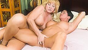 Cindy Craves & Shay Fox In Women Seeking Women 73 Scene 04 Girlfriendsfilms