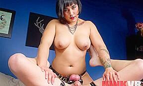Mia li in plaything kinkvr...