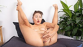 Lira Kissy In Fifty And Flexible Anilos