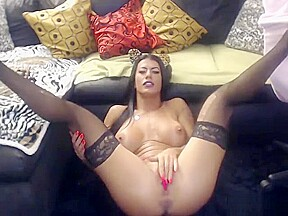 Tattoo squirts in live sex show...