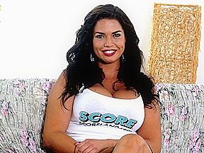 Behind The Scenes Tit Chat - Chloe Lamoure - Scoreland
