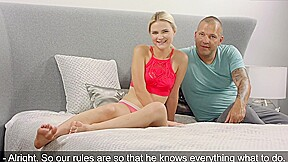 Young Blonde Came To The Casting And Had Sex With Experienced Man