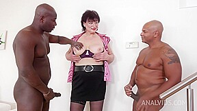 Mature Cock Teaser Danja Vieille Got Down And Dirty With A Black Guy And Enjoyed It