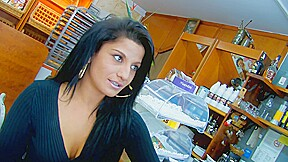 Yesenia Rock Likes Cakes And Sex