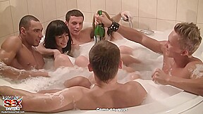Studentsexparties corporate in a sauna pt 4...