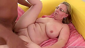 Mature Blonde Woman Is Getting Fucked And Filled Up With Cum The Way She Likes The Most