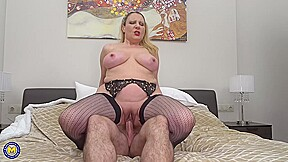 Busty Milf In Mesh Stockings Valentina Is Sucking Her PartnerS Big Cock Until He Cums