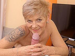 Granny igna handjob...