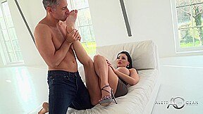 Aletta ocean is ready to get right is...