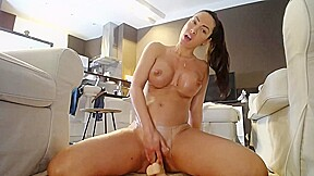 Fit MILF Alone At Home and Came Hard