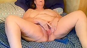 Hot hairy bbw mature with dildo thegreg88...