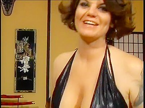 Cougar tits in with squirting at the end...
