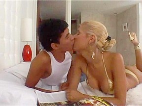 Cute &, Slender Golden-Haired Lady-Man mutual Sex