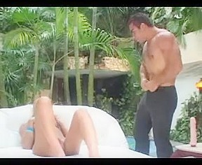 Hawt sex wit transsexual on a large white daybed