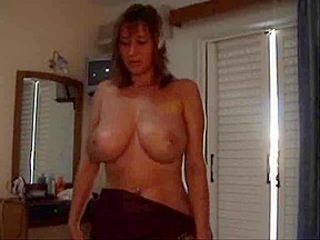 Breasty housewife acquires screwed