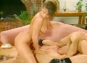Frankie leigh hairy threesomes...