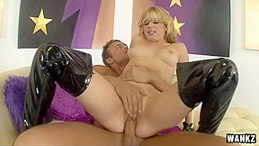 in chooses rocco to make her cum...