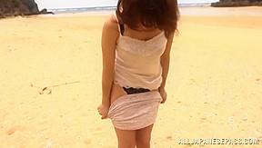 Yuuko shiraki hot milf in public...