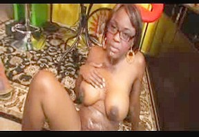Black mature babe having fun with a white cock