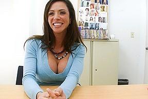 Ariella ferrera loves...