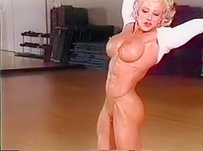 Crazy amateur compilation muscular video...