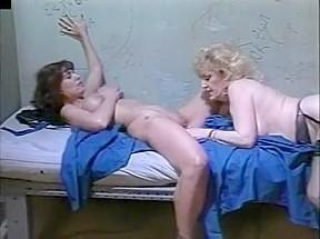 lesbian N141...