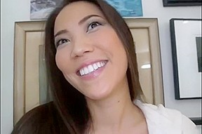 Beautiful Asian can really suck a dick
