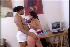 lesbian N134...
