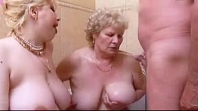3 grannies gangbang...