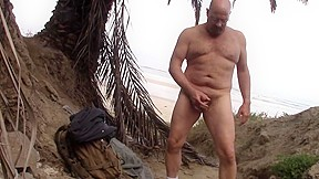 Blacks beach cum...