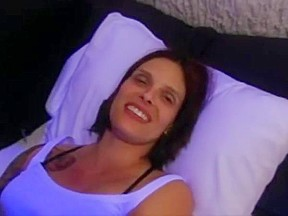 Wife with huge tongue takes facial
