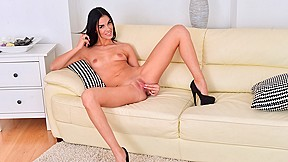 Donna Letty in Tall And Thin - Nubiles