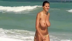 Beach big tits...