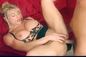 Crazy amateur anal nipples...