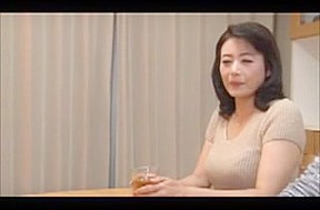 Mature japanese stepmom know how to