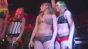 Striptease clip...