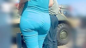 Milfs in blue jeans...