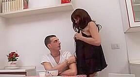 hot italian mommy and boyfrend (ita)