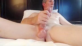 gay N152...