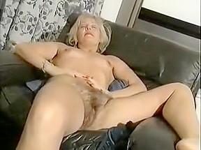 Striptease video...