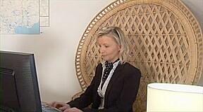 mother I'd like to fuck blond secretary enjoys hawt anal pounding