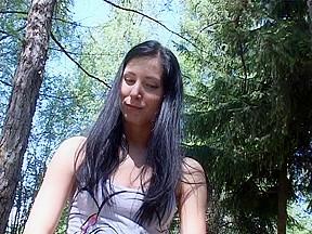 Yulia shows oral sex...