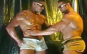 Two bodybuilders cumming...