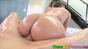 White chick jamie jackson banged with huge cock...